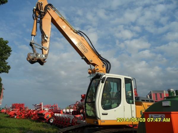 Excavator LIEBHER 900 2004